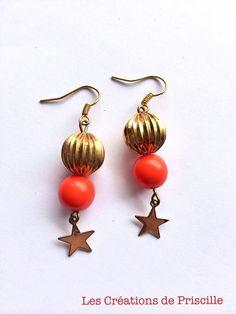 Boucles d'oreilles perles oranges et dorées, breloques étoiles