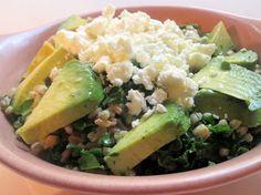 Farro Salad With Lemon, Avocado And Pistachios. I like the presentation, wedge cut avocado! Avocado Recipes, Paleo Recipes, Appetizer Recipes, Dinner Recipes, Appetizers, Winter Salad Recipes, Farro Salad, Eat Seasonal, Food Obsession
