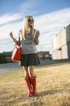 Creme de la Creme Sweater with red hunter rain boots and kate spade beau bag