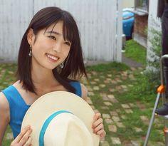 カレンダーイベントまで、、 あと3日!! 楽しみだな〜( ˆ ˆ * . . 問題です 今、私はどこにいるでしょーかっ!! 答えは、、 . . . 後程あげるストーリーで😎✨ #jtbで旅したい 🐾 Japanese Models, Image Collection, Asian Beauty, Most Beautiful, Photo And Video, Face, Instagram, Asian Models, Real Life