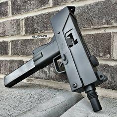 Military Weapons, Weapons Guns, Guns And Ammo, Submachine Gun, Lever Action, Cool Guns, Firearms, Shotguns, Hand Guns