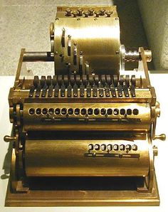 Steampunk Baldwin Calculating Engine Don't you just love the names for this stuff! Mechanical Calculator, Steampunk Gadgets, Steampunk House, Steampunk Cosplay, Neo Victorian, Objet D'art, Instruments, Dieselpunk, Retro