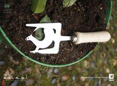 #tridente #trident #animalcollection  #curiosandoingiardino #giardinaggio #toolsdesign #design #madeinitaly #designgang #tuttigiuperterra #gardening