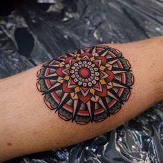 Traditionally colored mandala tattoo on the calf tattoo Great Tattoos, Beautiful Tattoos, Body Art Tattoos, Hand Tattoos, Tattoos For Guys, Tattoos For Women, Tatoos, Amazing Tattoos, Golondrinas Tattoo