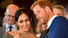 Palace Forced to Deny Bullying of Prince Harry and Meghan Markle by Prince William and Kate Middleton Prince Harry Et Meghan, Meghan Markle Prince Harry, Harry And Meghan, Prinz Harry, Future Maman, Guest Speakers, Royal Weddings, Wedding Menu, Wedding Ideas