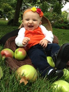 Great fall picture idea for baby!!