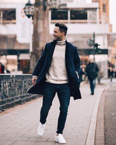 25.5 тыс. отметок «Нравится», 258 комментариев — Daniel (@magic_fox) в Instagram: «Sunday mood* Have a nice day! Pullover: @selected_official Jeans: @zara Boots: @hudsonshoes…»