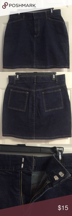 GAP jean skirt GAP Jean skirt with back pockets GAP Skirts Mini