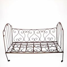 Where to find French Daybed in San Francisco One True Love Vintage Rentals, Inventory. Specialty furniture rentals for weddings and special events in the San Francisco Bay Area & Northern California.