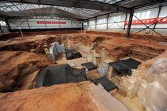 http://3.bp.blogspot.com/-jp9jn9auDcc/UccEWZR0soI/AAAAAAAAv1c/0V2zKmalDkE/s1600/China_Tang_Dynasty_tombs_03.jpg