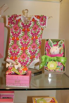 Vera Bradley Baby ....WHY?!? Why must cute EXPENSIVE Vera Bradley Baby stuff have to be out when I'm having a kid! lol