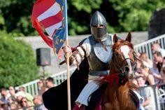 Visegrádi Nemzetközi Palotajátékok 2020 - Programturizmus  #magyarország #fesztivál #vásár #ünnep #kultúra #gasztronómia Riding Helmets