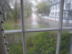 sound of rain on a window pane