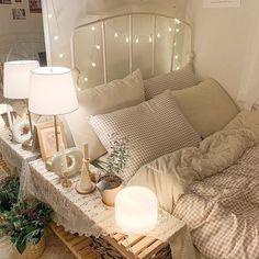 Room Design Bedroom, Room Ideas Bedroom, Small Room Bedroom, Bedroom Decor, Minimalist Room, Cute Room Decor, Pretty Room, Aesthetic Room Decor, Cozy Room