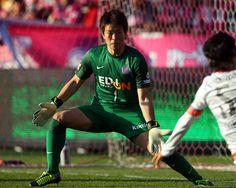 [ J1:第32節 C大阪 vs 広島 ] 日本代表のGK西川周作(広島)。この日も安定したプレーを見せたが、シンプリシオの1点に泣いた。 タグ:西川周作  2013年11月23日(土):キンチョウスタジアム