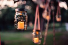 Want to learn some quick and easy life hacks that are easy to do, low cost and saves you time? Chalkboard Mason Jars, Mason Jar Candles, Over The Top, Great Barrier Reef, Erin Condren, Survival, Planners, Bougie Led, Do It Yourself Wedding