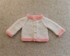 Ravelry: Tiny Topaz - Premature Baby Cardigan pattern by marianna mel Knitted Coat Pattern, Baby Cardigan Knitting Pattern Free, Baby Hats Knitting, Baby Knitting Patterns, Baby Patterns, Cardigan Pattern, Knitted Baby, Knitting Ideas, Loom Knitting