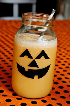 Such a cute way to decorate a glass!