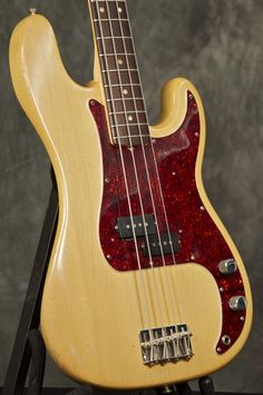 VINTAGE 1969 FENDER PRECISION BASS GUITAR NATURAL grlc797