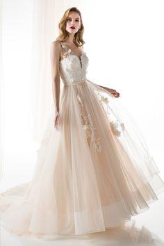 #JIOULI_Bridal  2019 s/s Collection #bridal #bridal_wear #marriage #bride #wedding #wedding_dress www.Jiouli.com Bridal Collection, Formal Dresses, Wedding Dresses, Ball Gowns, Marriage, Bride, Boho, Fashion, Rosa Clara