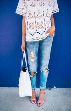 White, denim, and pink heels. So perfect. #simple #chic