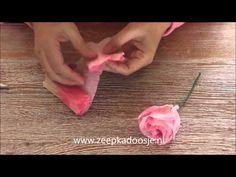 ▶ Paper Roses of Papieren Rozen maken - YouTube