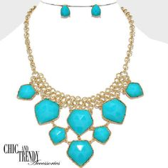 TRENDY & CHUNKY TURQUOISE  BEADED NECKLACE SET*CHIC & TRENDY ACCESSORIES