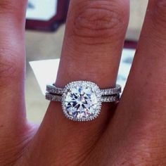 Tiffany Ring.... I think I've pinned this sooo many times but this is perfect... FAVORITEEE