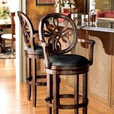 Elevate your home decor with comfortable and durable bar stools from Frontgate. Find high-quality, stylish kitchen counter stools and bar chairs online.