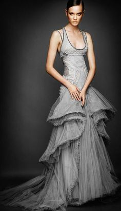 Fashion pictures or video of Monika Jagaciak: Atelier Versace Fall 2010 Look Book ; in the fashion photography channel 'Advertising'. Style Couture, Couture Fashion, Runway Fashion, Versace Fashion, Look Fashion, Fashion Art, Fashion Beauty, Fashion Design, Dress Fashion