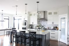 Modern Farmhouse Kitchen — Interiors By Sarah Langtry Farmhouse Kitchen Interior, Modern Farmhouse Kitchens, Home Decor Kitchen, Kitchen Ideas, Kitchen Inspiration, Kitchen Designs, Updated Kitchen, New Kitchen, Kitchen Facelift