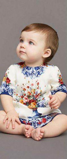 Cute! DOLCE & GABBANA Baby Girl Mini Me Vaso Fiori Silk Dress. #baby #dgbaby #kidsfashion #dolcegabbana #fashion #style