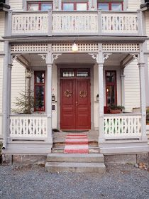 Exterior House Colors, Exterior Doors, Exterior Design, Porch Balusters, Banisters, Holland House, Sweden House, Cottage Porch, Scandinavian Home
