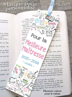 Cadeau pour maitresse / maitre -Marque-page MEILLEURE MAITRESSE ou autre (MAITRE ou ATSEM) personnalisable avec vos textes (plusieurs coloris au choix) PRIX : 5,50€