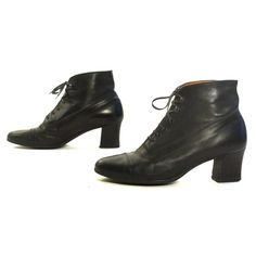 d8d2f358d81 Lace Up Ankle Boots Vintage 90s Short Black Leather Booties with Low Block  Heels Boho Grunge Hipster Preppy Women s Size 9