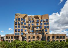 "Frank Gehry's ""paper bag"" business school opens in Sydney."