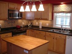 Paint Colors For Kitchens With Light Cabinets kitchen paint colors with honey maple cabinets | home ideas