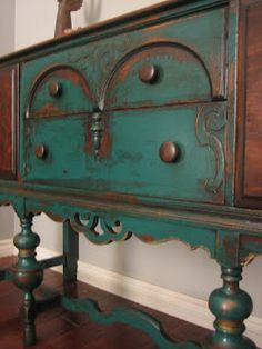 European Paint Finishes: Peacock Green Sideboard ~ so similar to Greanny's old sideboard!