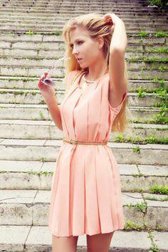 Peach Pastel Fashion   pastel peach pleats   Chicisimo