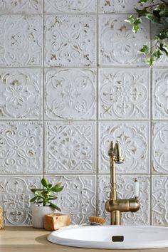 Bathroom Interior Design, Interior Decorating, Küchen Design, House Design, Tile Design, Bathroom Inspiration, Interior And Exterior, Kitchen Remodel, Sweet Home