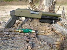 Serbu SBS (short barrel shotgun) Dad has one he calls Baby Huey. Weapons Guns, Guns And Ammo, Rifles, Short Shotgun, Tactical Shotgun, Tactical Guns, Tactical Equipment, Firearms, Shotguns