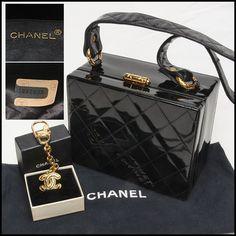 Chanel! Chanel! Fabulous Chanel black patent box handbag