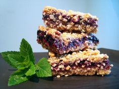 Blueberry Oat Squares - Starbucks Copycat- hopefully these taste like the Michigan Cherry oat bars @ Starbucks! My fave!