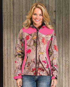 Drysdales Exclusive Women& Water Resistant Pink and HotLeaf Soft Shell Jacket Country Girls Outfits, Country Girl Style, Country Fashion, My Style, Camo Outfits, Girl Outfits, Casual Outfits, Sit Still Look Pretty, How To Look Pretty