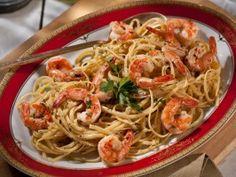 Shrimp Scampi with Linguini Recipe : Tyler Florence : Food Network. My favorite shrimp scampi recipe. Tyler Florence, Florence Food, Pasta Recipes, Dinner Recipes, Cooking Recipes, Seafood Recipes, Dinner Ideas, Cooking Pasta, Pasta Meals
