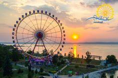 Idén is forog majd a 70 méter magas mobil óriáskerék Siófokon Ferris Wheel, Fair Grounds, Travel, Viajes, Destinations, Traveling, Trips