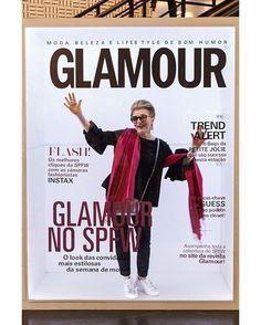 @costanzapascolatos2g agora é garota da capa da @glamourbrasil. Ada moda passou pela nossa cabine lá na #SPFW e fez este clique divertidíssimo. Quer um igual? Nossa ação fica pela Bienal até sexta-feira. Vem você também ser capa da #Glamour!  via GLAMOUR BRASIL MAGAZINE OFFICIAL INSTAGRAM - Celebrity  Fashion  Haute Couture  Advertising  Culture  Beauty  Editorial Photography  Magazine Covers  Supermodels  Runway Models