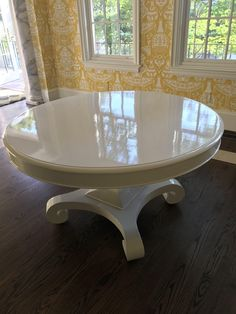 Table painted with Fine Paints of Europe Hollandlac Brilliant Painted Dressers, Painted Bedroom Furniture, Diy Furniture, Painted Dining Room Table, Fine Paints Of Europe, High Gloss Paint, Grey Houses, Paint Cans, Custom Paint