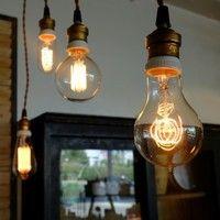 エジソンが作った電球の復刻版「エジソンバルブ」が美しくノスタルジック!