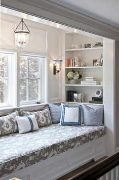 Incredibly cozy and inspiring window seat ideas cozy window seat with shelving. I can picture this ♥cozy window seat with shelving. I can picture this ♥ Window Seat Kitchen, Window Seat Ikea, Window Bed, Window Nooks, Bay Window Decor, Window Lights, Window Sill, Wall Lights, Sweet Home